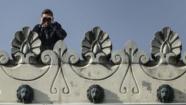 Funkcjonariusz szwajcarskiej policji w Lozannie - Sputnik Polska