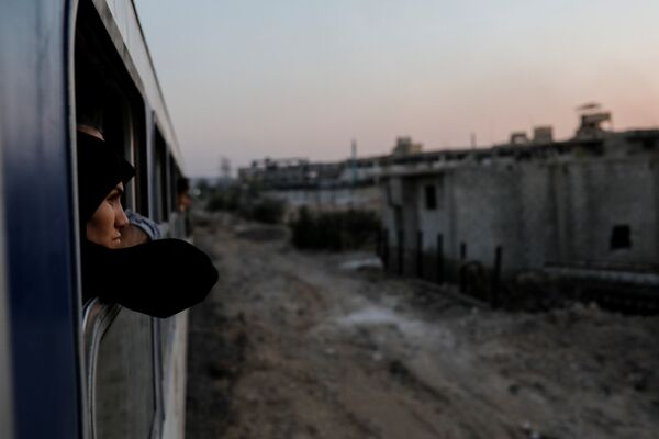 Syryjka w pociągu - Sputnik Polska