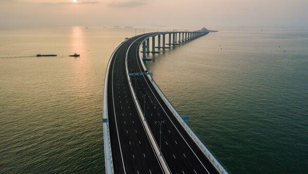 Самый длинный морской мост Гонконг — Чжухай — Макао - Sputnik Polska