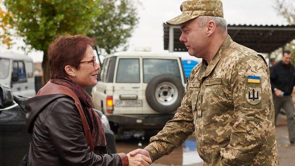 Amerykańska delegacja na czele z ambasador USA na Ukrainie Marie Yovanovitch przyjechała we wtorek do Donbasu. - Sputnik Polska