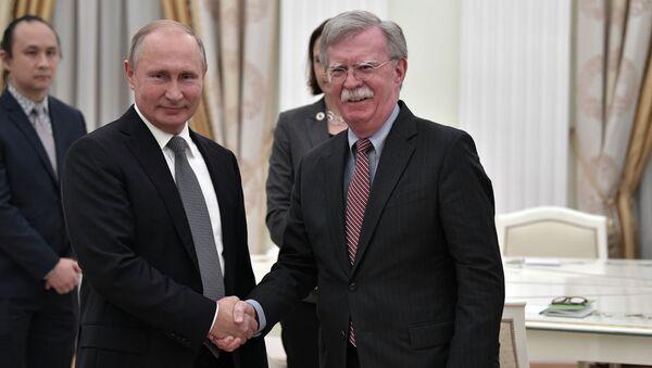 Spotkanie prezydenta Rosji Władimira Putina z doradcą prezydenta USA ds. bezpieczeństwa narodowego Johnem Boltonem na Kremlu. - Sputnik Polska