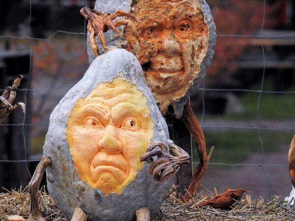 Wizerunek twarzy stworzony na dyni - Sputnik Polska