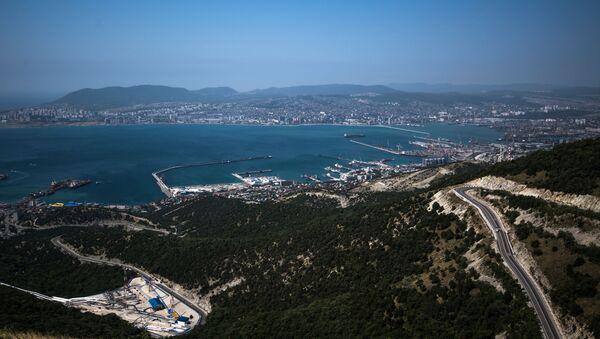 Noworosyjski targowy port morski nad Morzem Czarnym - Sputnik Polska