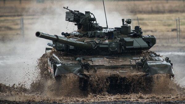 Rosyjski współczesny czołg podstawowy T-90 - Sputnik Polska
