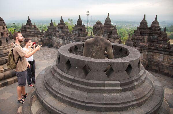 Borobudur: tajemnica wyspy Jawa - Sputnik Polska