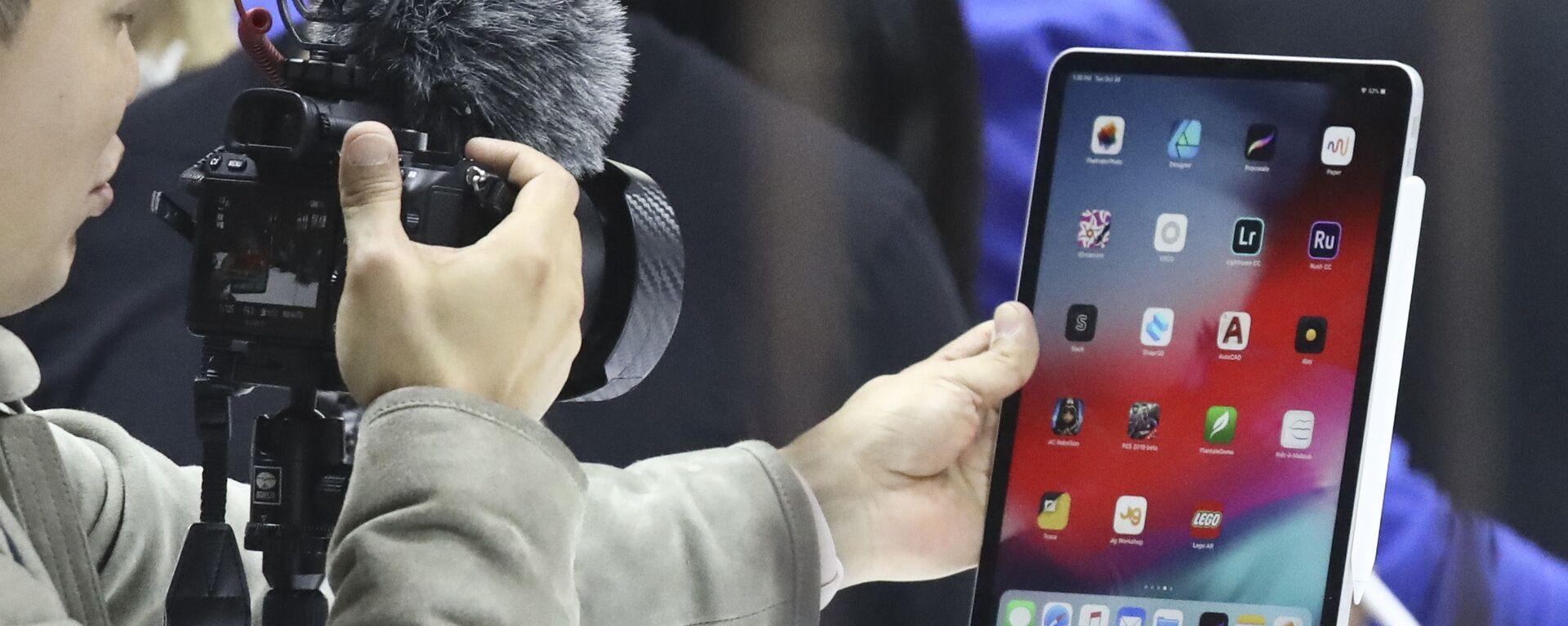 Nowy iPad Pro podczas prezentacji produktów Apple w Nowym Jorku   - Sputnik Polska, 1920, 09.09.2021