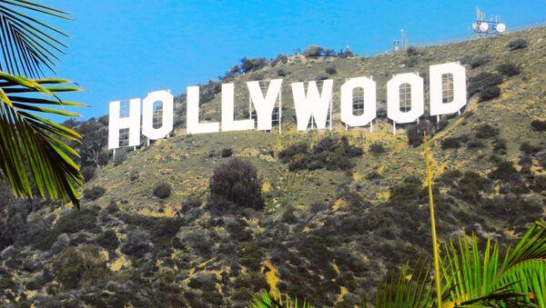"Napis ""Hollywood na wzgórzach Hollywood Hills w Los Angeles - Sputnik Polska"