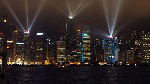 Laserowe podświetlenie drapaczy chmur w Hongkongu - Sputnik Polska
