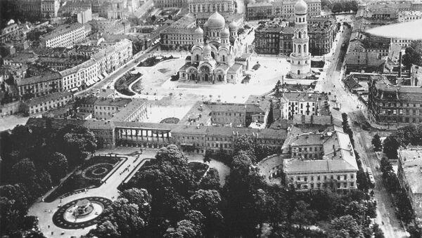Вид сверху на Саксонскую площадь и собор Александра Невского в Варшаве. 1919 год - Sputnik Polska