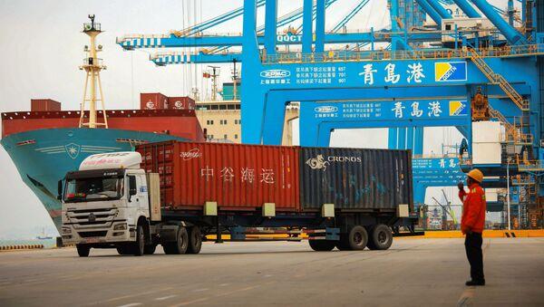 Port handlowy w Qingdao, prowincja Shandong, Chiny - Sputnik Polska