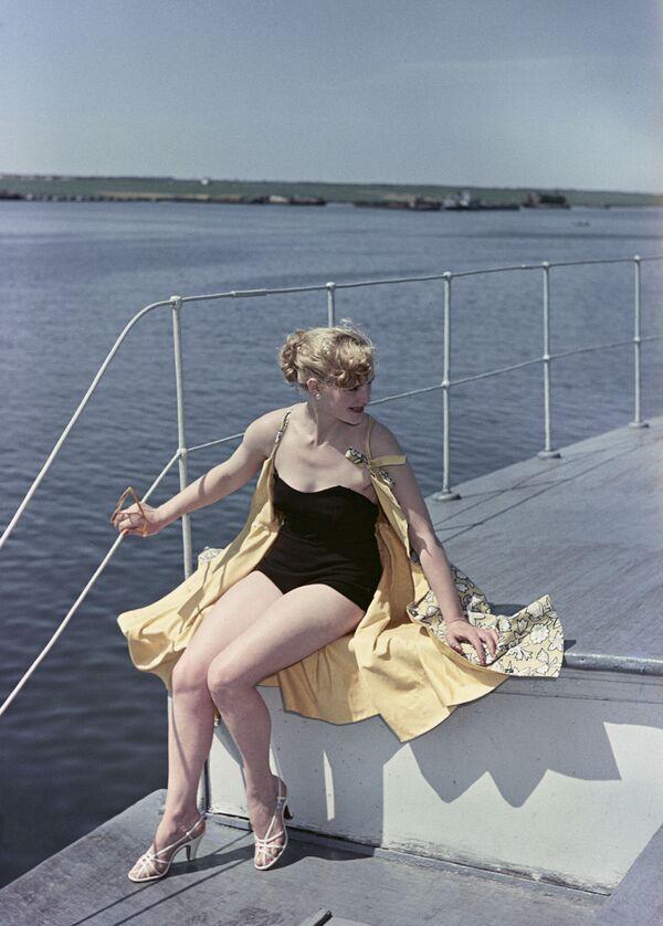 Strój kąpielowy z 1956 roku - Sputnik Polska