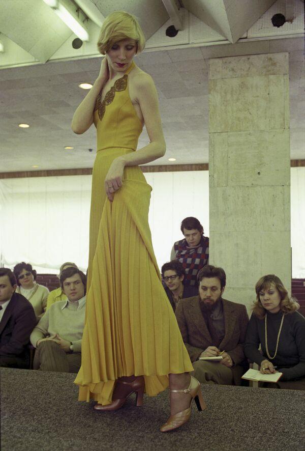 Pokaz mody obuwia, 1976 rok - Sputnik Polska
