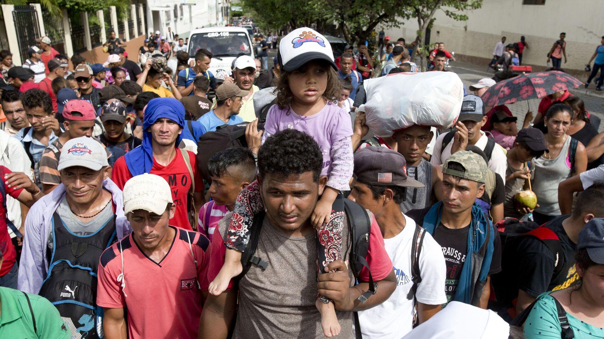 Karawana migrantów z Hondurasu w drodze do USA - Sputnik Polska, 1920, 23.09.2021