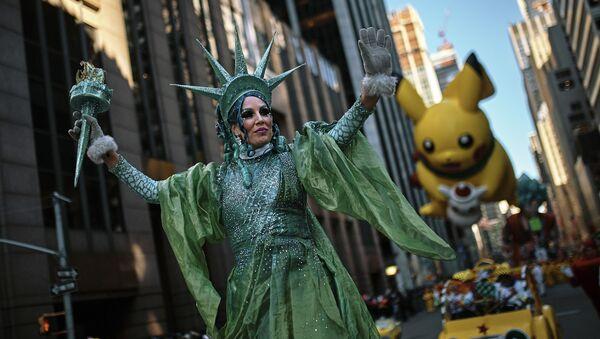 Wielka parada z okazji Dnia Dziękczynienia w Nowym Jorku - Sputnik Polska