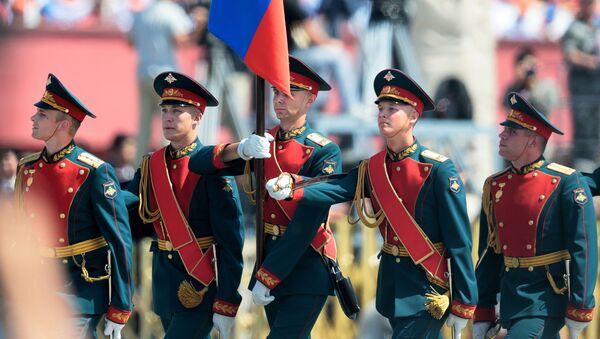 Żołnierze rosyjscy 154-go niezależnego pułka Preobrażeńskiego podczas defilady w Pekinie z okazji 70. rocznicy zwycięstwa w II wojnie światowej - Sputnik Polska