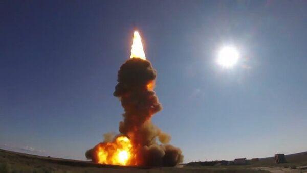 Testy zmodernizowanego systemu obrony przeciwrakietowej (wideo) - Sputnik Polska