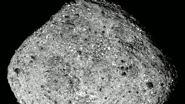 Asteroida Bennu zarejestrowana przez stację międzyplanetarną OSIRIS-REx - Sputnik Polska