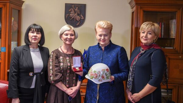 """Prezydent Litwy Dalia Grybauskaite w Kijowie została nagrodzona za """"nieustające wsparcie dla ludności Ukrainy"""" - Sputnik Polska"""