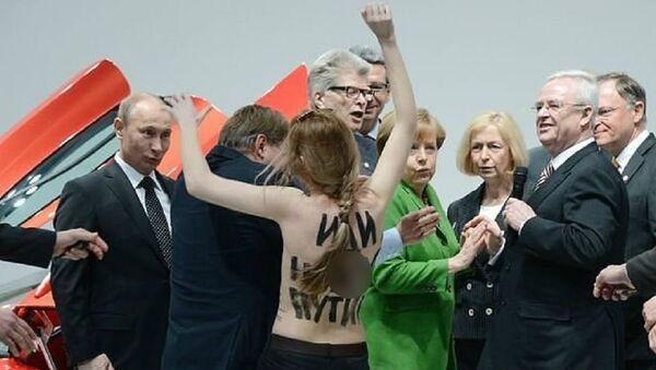FEMEN kontra Putin - Sputnik Polska