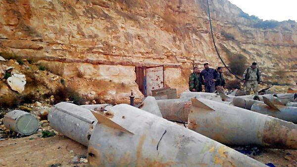"""Syria: pociski """"ziemia-powietrze"""" kilka metrów od granicy z Jordanią - Sputnik Polska"""
