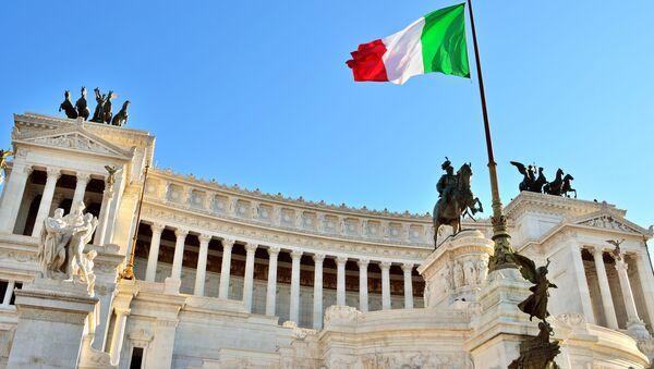 Flaga Włoch w Rzymie - Sputnik Polska