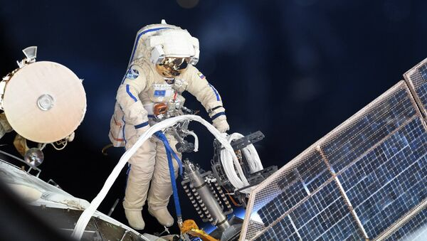 Wyjście w otwarty kosmos - Sputnik Polska