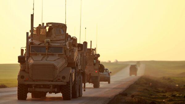 Amerykańscy wojskowi w prowincji Hasakeh na północnym wschodzie Syrii - Sputnik Polska