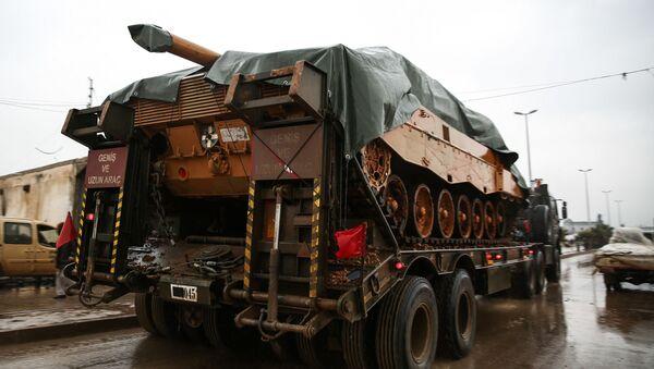 Turecki czołgi przerzucane do Al-Raj na północy Syrii - Sputnik Polska