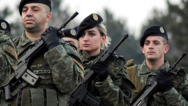 Członkowie sił bezpieczeństwa Kosowa dzień przed głosowaniem w sprawie utworzenia armii narodowej - Sputnik Polska