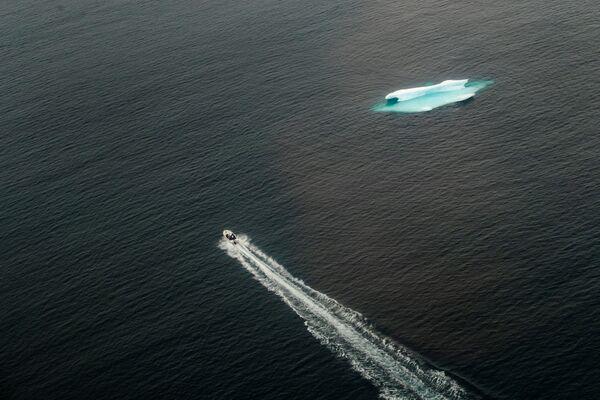 Góra lodowa w Oceanie Atlantyckim - Sputnik Polska