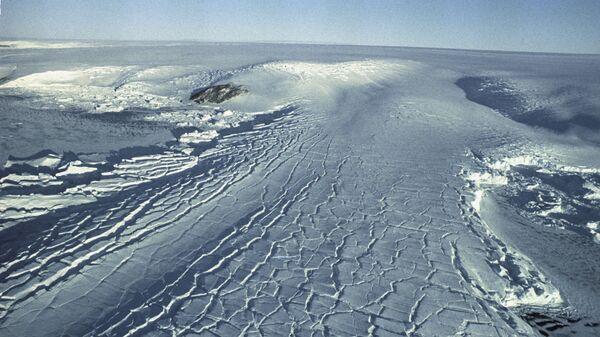 Kopuła lodowa na Antarktydzie  - Sputnik Polska