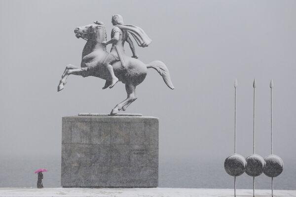 Pomnik Aleksandra Macedońskiego w Salonikach - Sputnik Polska