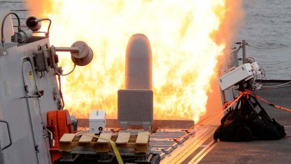 Wystrzelenie pocisku Tomahawk z wyrzutni MK41 na niszczycielu USS Sterett (DDG-104) - Sputnik Polska