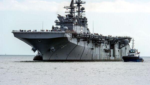 """Okręt desantowy USS """"America - Sputnik Polska"""
