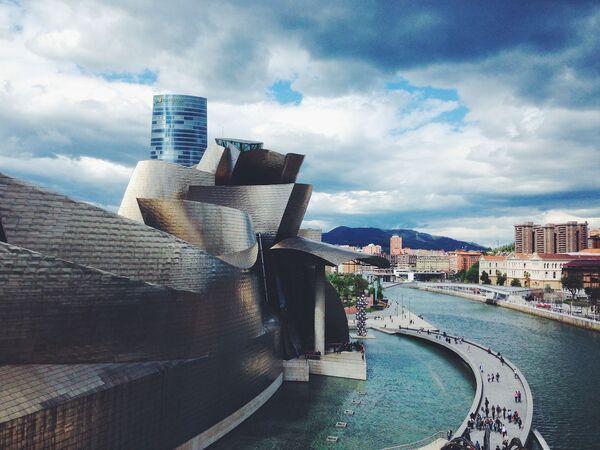 Muzeum Guggenheima w Bilbao – hiszpańskie muzeum sztuki współczesnej - Sputnik Polska