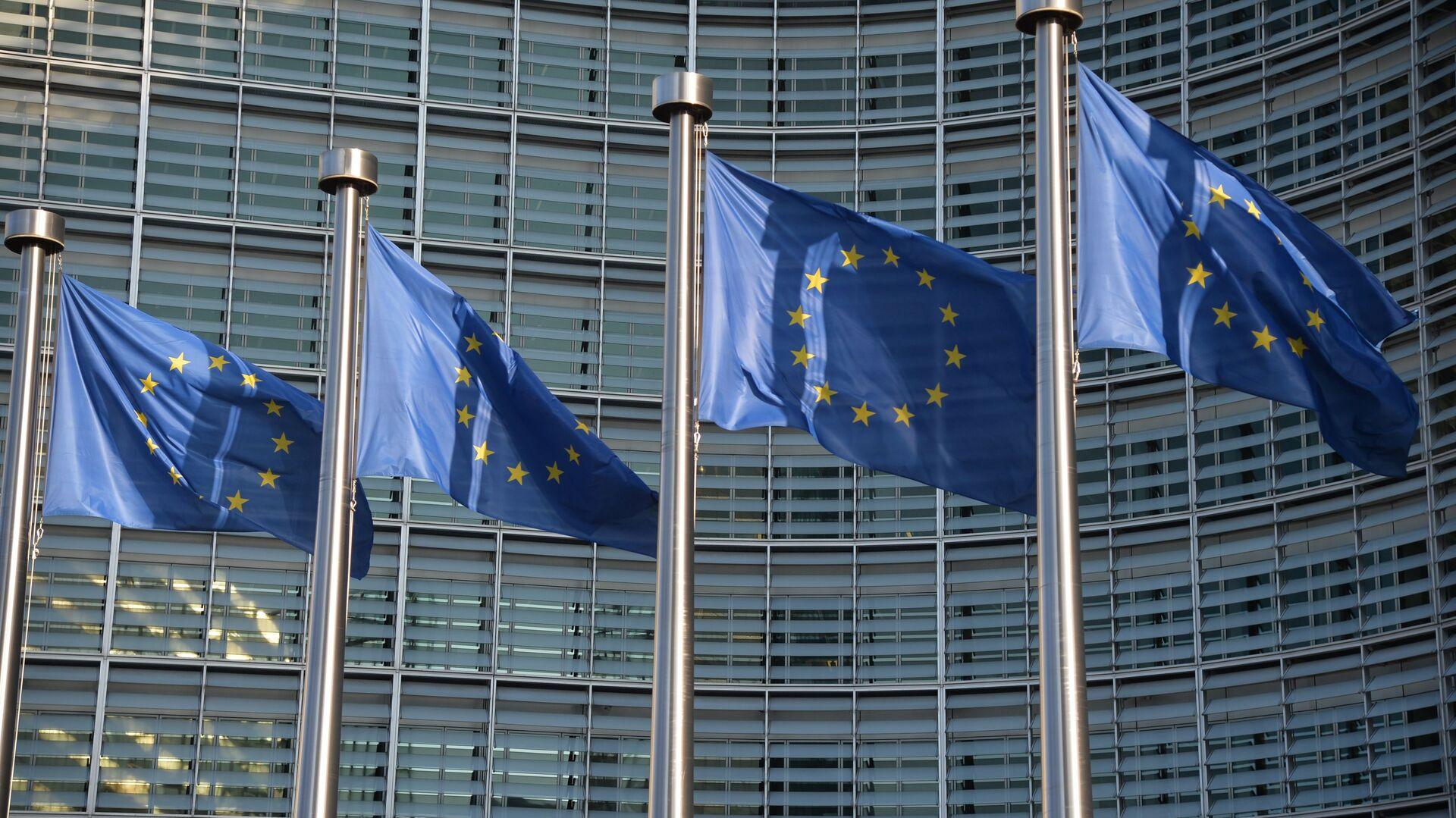 Flagi UE w Brukseli - Sputnik Polska, 1920, 06.10.2021