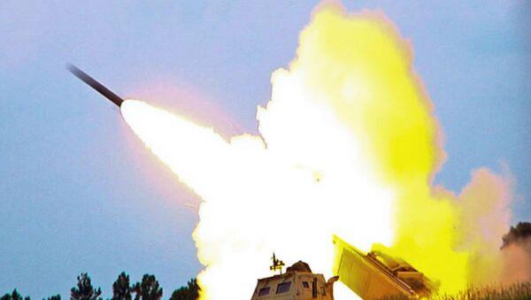 Amerykański system rakietowo-artyleryjski wysokiej mobilności HIMARS - Sputnik Polska
