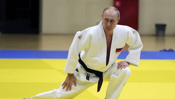 Władimir Putin uprawia judo - Sputnik Polska