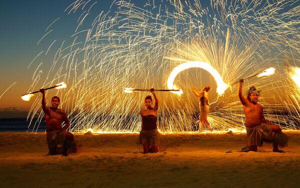 Pokaz ogni na wyspie Fidżi - Sputnik Polska