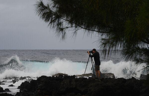 Fotograf na wyspie Maui, w archipelagu Hawajów - Sputnik Polska