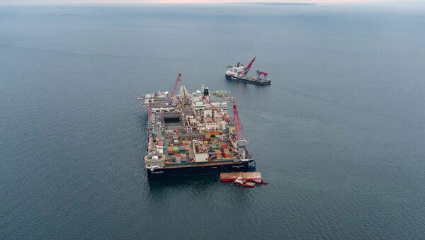 Pioneering Spirit na Morzu Bałtyckim - Sputnik Polska