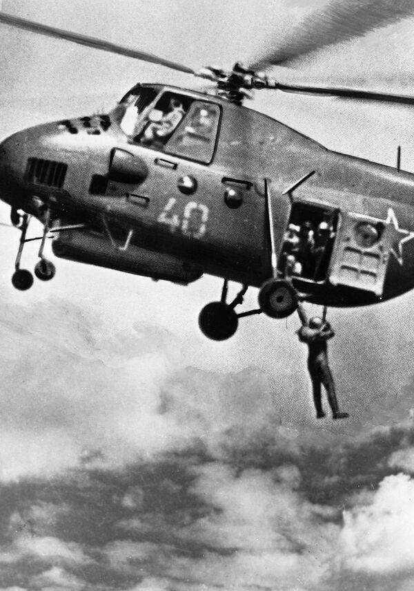 Skoki ze spadochronem, 1936 r. - Sputnik Polska