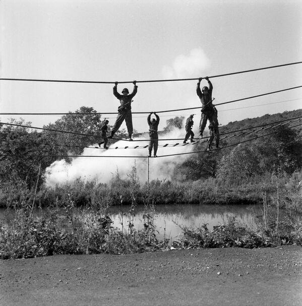 Ćwiczenia piechoty morskiej, 1976 r. - Sputnik Polska