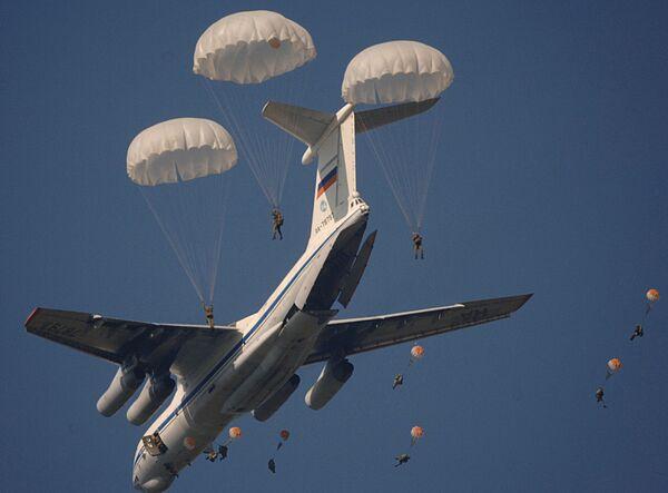 Ćwiczenia wojsk powietrznodesantowych w obwodzie riazańskim - Sputnik Polska