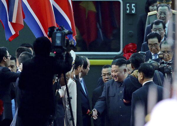 Kim Dzong Un z wizytą w Wietnamie - Sputnik Polska