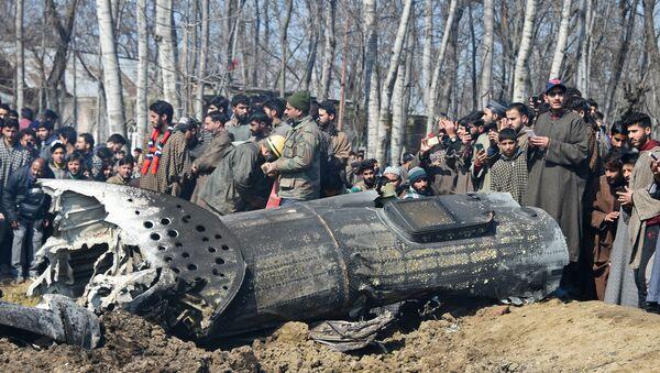 Zestrzelony samolot Sił Powietrznych Indii w Kaszmirze - Sputnik Polska